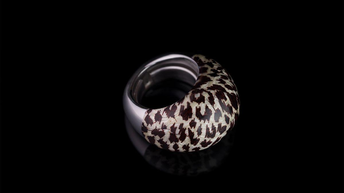 Женское кольцо Invicta